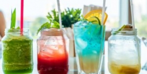 'Legally Mocktail' Your Holiday Event (With Recipies)