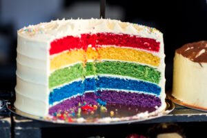 Parents Sue Principal Who Expelled Girl Over Rainbow Birthday Cake