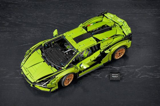 Epic LEGO Technic Lamborghini Sián FKP 37 building kit has nearly 3700 pieces<span class=