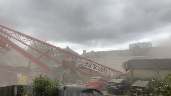 Bow crane collapse: One dead and four injured in crane collapse