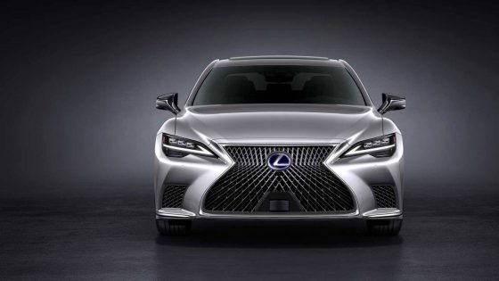 2021 Lexus LS arrives with a amiable facelift and new tech