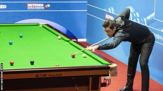 World Snooker Championship 2020: Ronnie O'Sullivan 'embarrassed' as he books semi-final spot