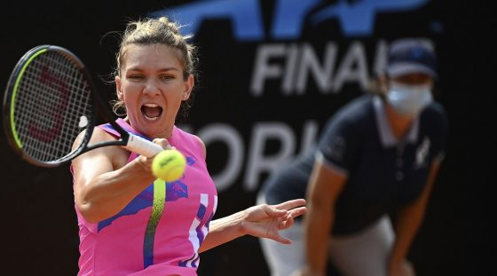 Simona Halep reaches Rome semis after Yulia Putintseva retires