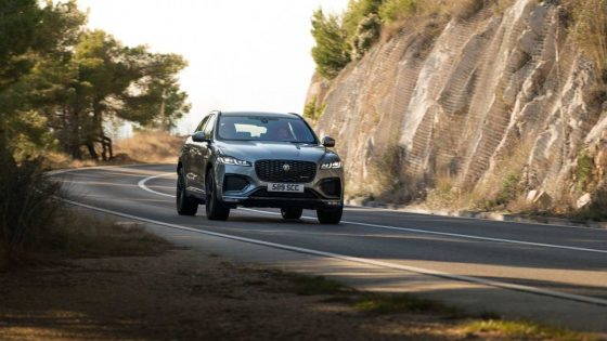 2021 Jaguar F-Pace debuts cleaner styling and rested interior