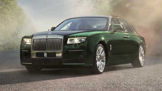 2021 Rolls-Royce Ghost Extended appears with ultra-luxe reclining rear seats
