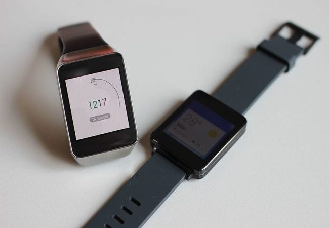 Smartwatches Can Detect Coronavirus Before Symptoms Appear [Video] No ratings yet.