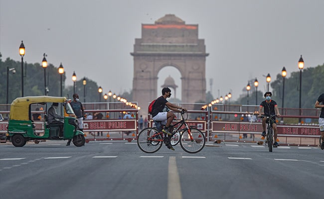 Warm Day In Delhi, Maximum Temperature At 33.9 Degrees