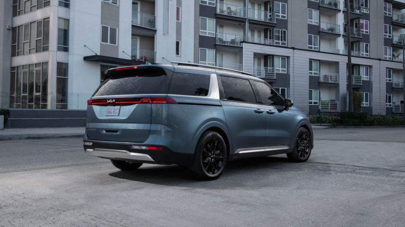 2022 Kia Carnival priced up as 3-row minivan bucks style trends