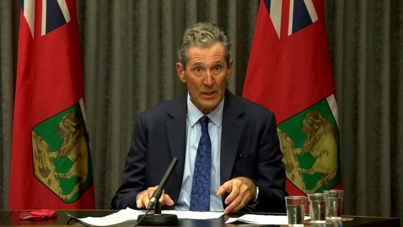 COVID-19: Pallister walks back plan to vaccinate Manitoba teachers in North Dakota